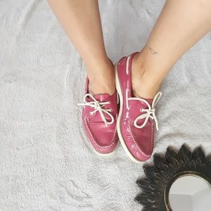 Sperry pink leather shoes size 9M